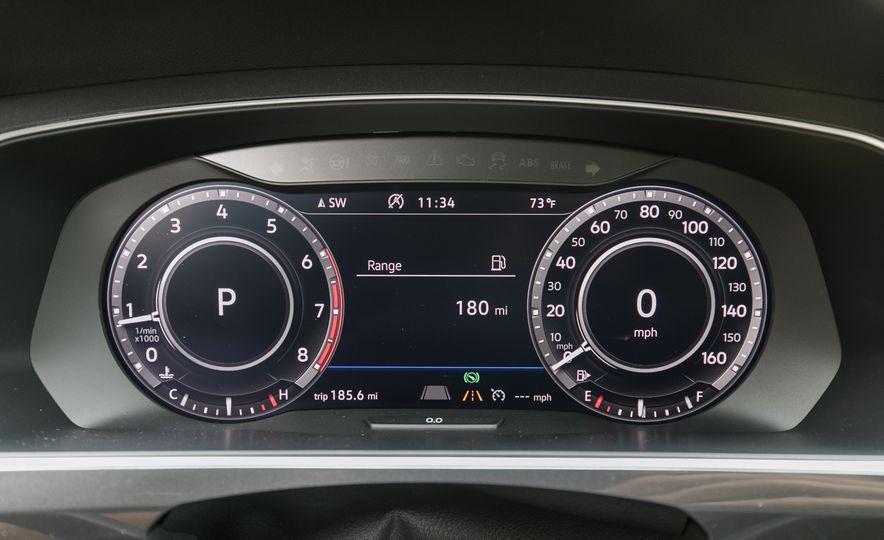 2018 Volkswagen Tiguan SEL 4Motion - Slide 51