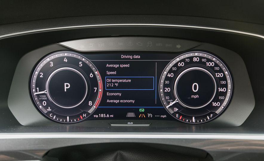2018 Volkswagen Tiguan SEL 4Motion - Slide 52