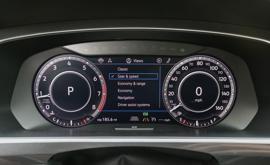 2018 Volkswagen Tiguan SEL 4Motion - Slide 56