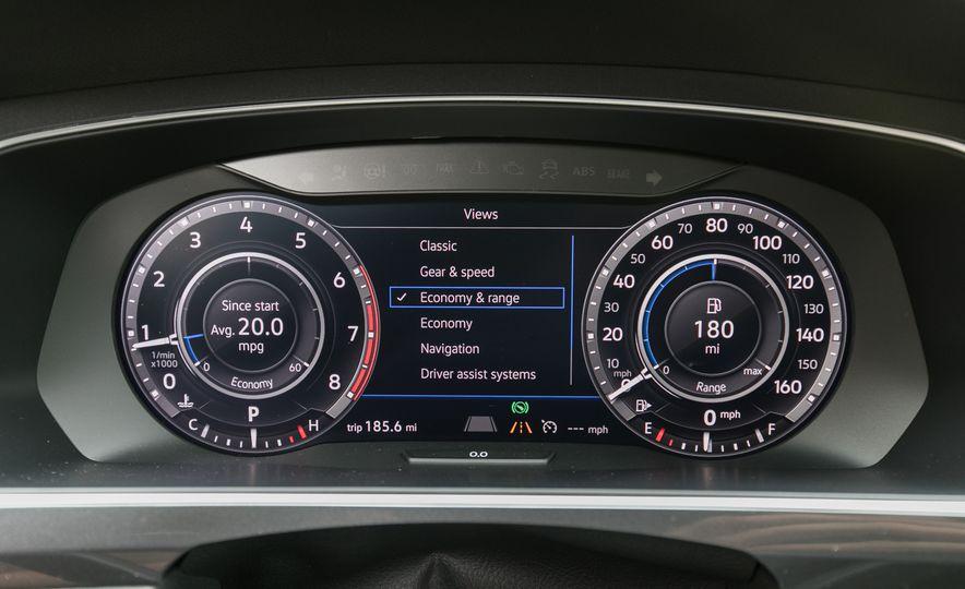 2018 Volkswagen Tiguan SEL 4Motion - Slide 57