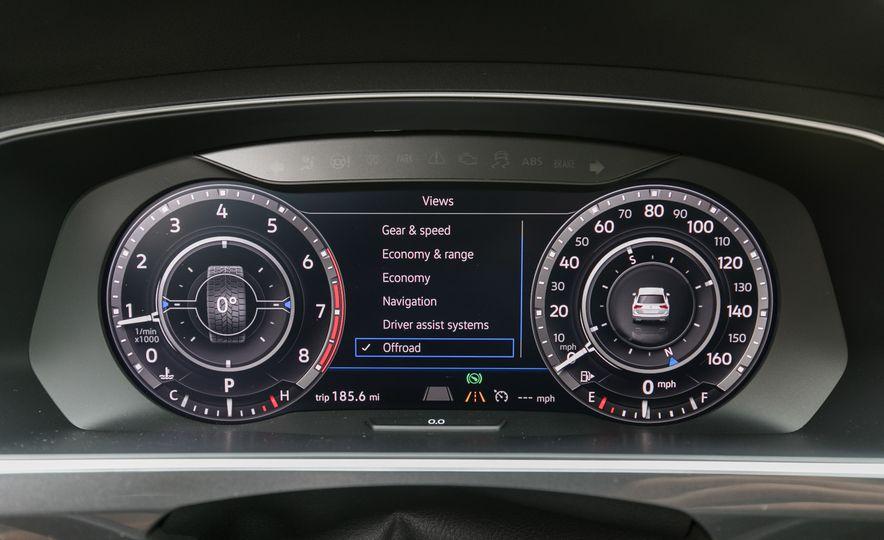 2018 Volkswagen Tiguan SEL 4Motion - Slide 60
