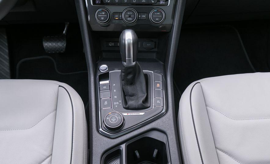 2018 Volkswagen Tiguan SEL 4Motion - Slide 78