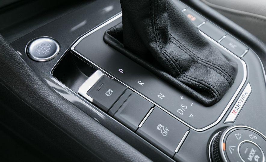 2018 Volkswagen Tiguan SEL 4Motion - Slide 80