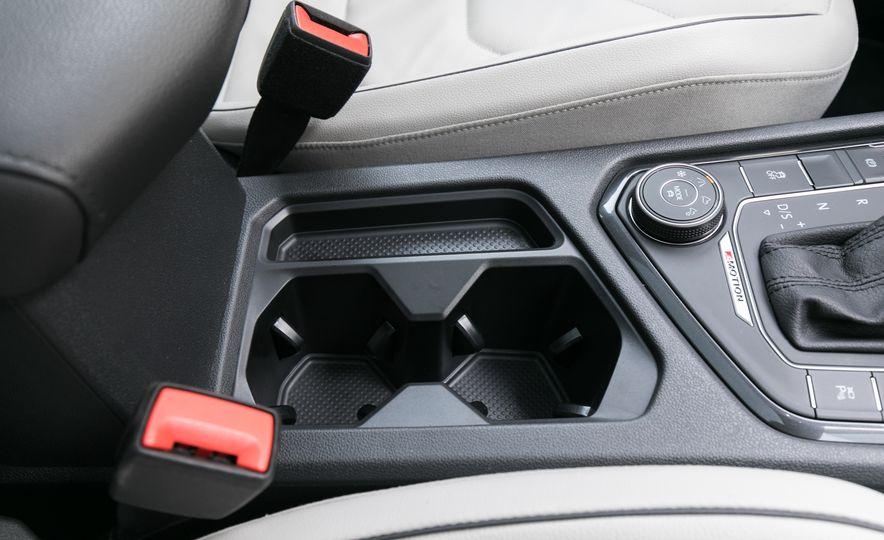 2018 Volkswagen Tiguan SEL 4Motion - Slide 82