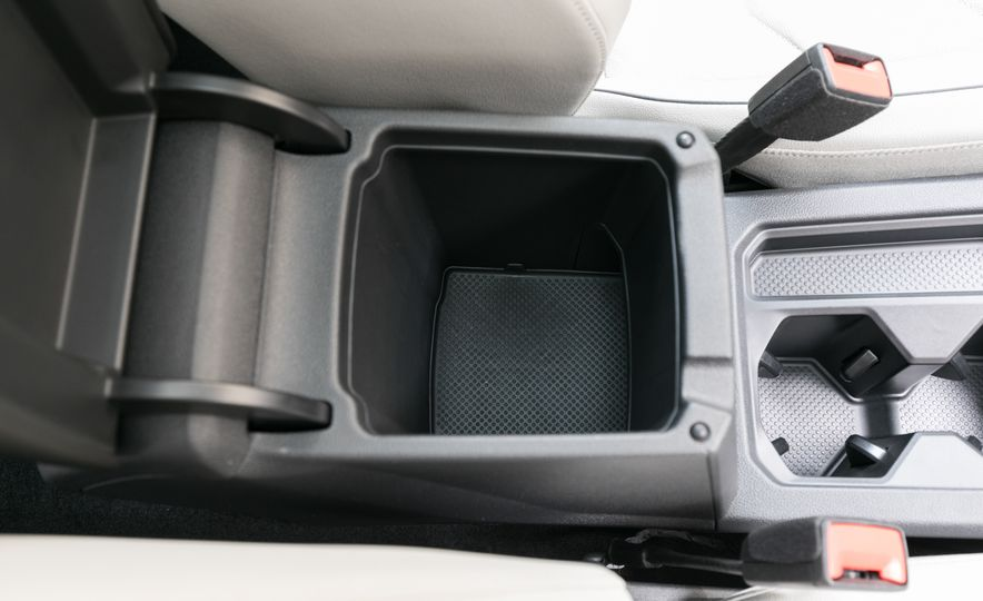 2018 Volkswagen Tiguan SEL 4Motion - Slide 84