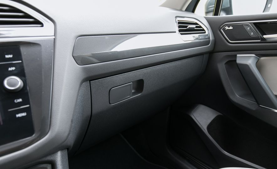 2018 Volkswagen Tiguan SEL 4Motion - Slide 85
