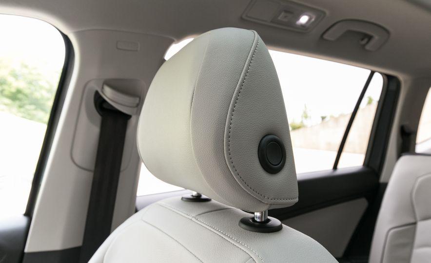 2018 Volkswagen Tiguan SEL 4Motion - Slide 96