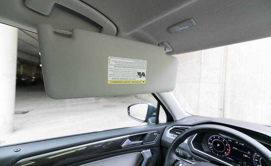 2018 Volkswagen Tiguan SEL 4Motion - Slide 104