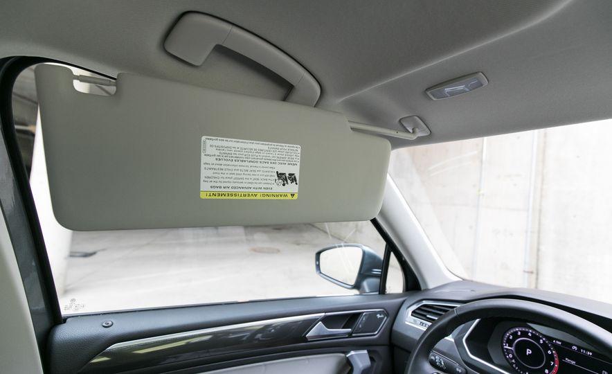 2018 Volkswagen Tiguan SEL 4Motion - Slide 105