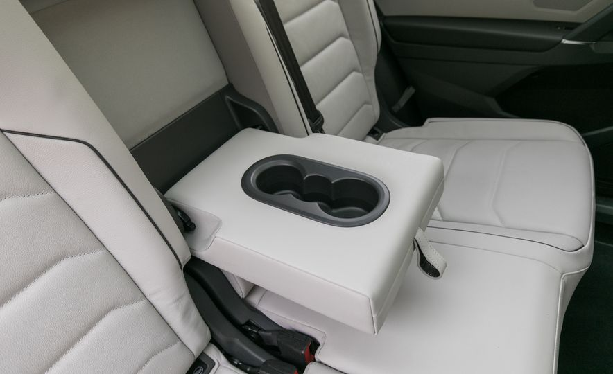 2018 Volkswagen Tiguan SEL 4Motion - Slide 108