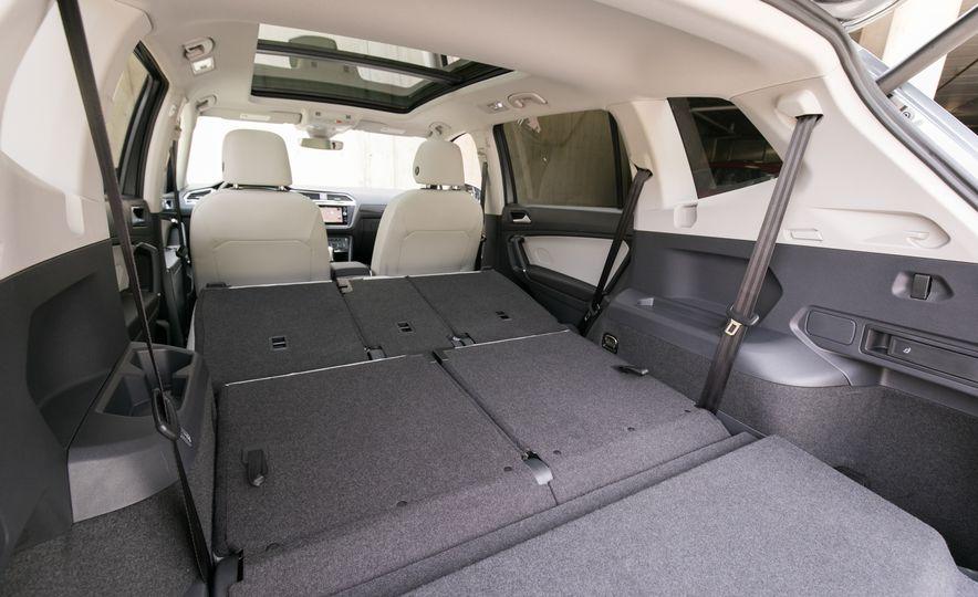 2018 Volkswagen Tiguan SEL 4Motion - Slide 112