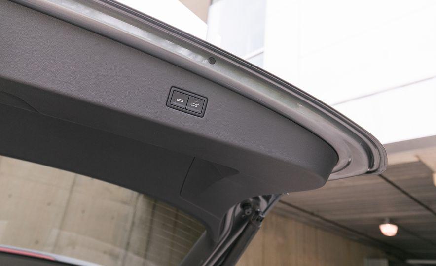 2018 Volkswagen Tiguan SEL 4Motion - Slide 123