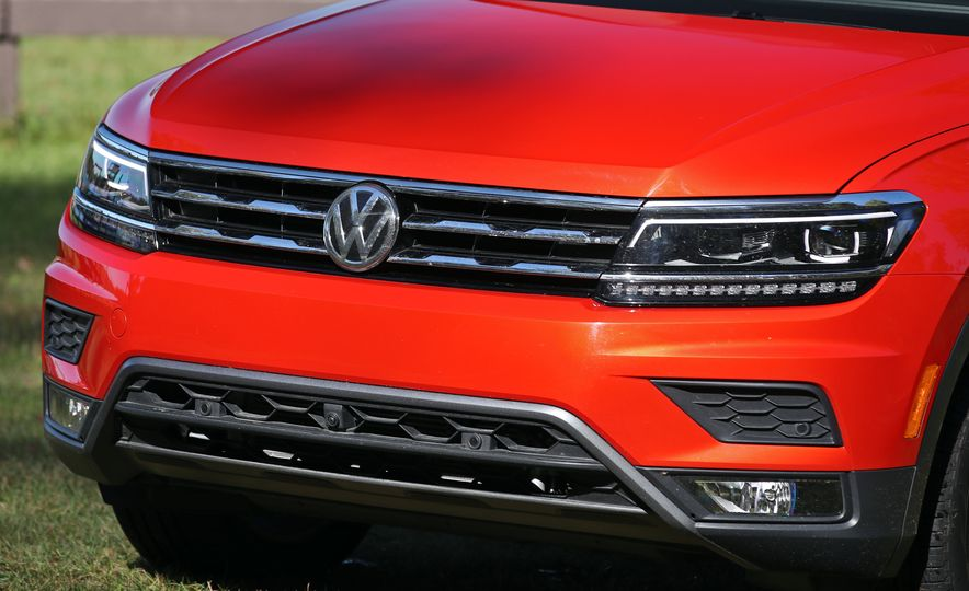 2018 Volkswagen Tiguan SEL 4Motion - Slide 148