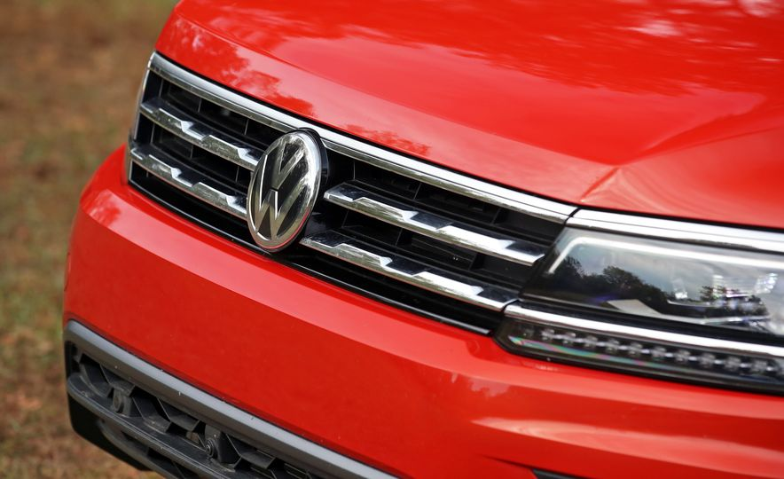 2018 Volkswagen Tiguan SEL 4Motion - Slide 149