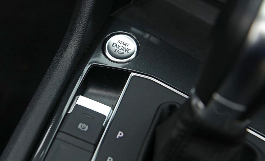 2018 Volkswagen Tiguan SEL 4Motion - Slide 174