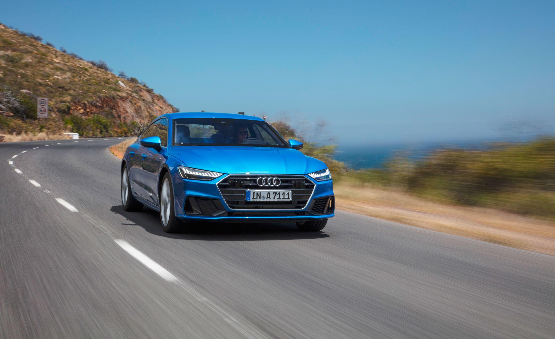 2019-Audi-A7-Sportback-108-1.jpg