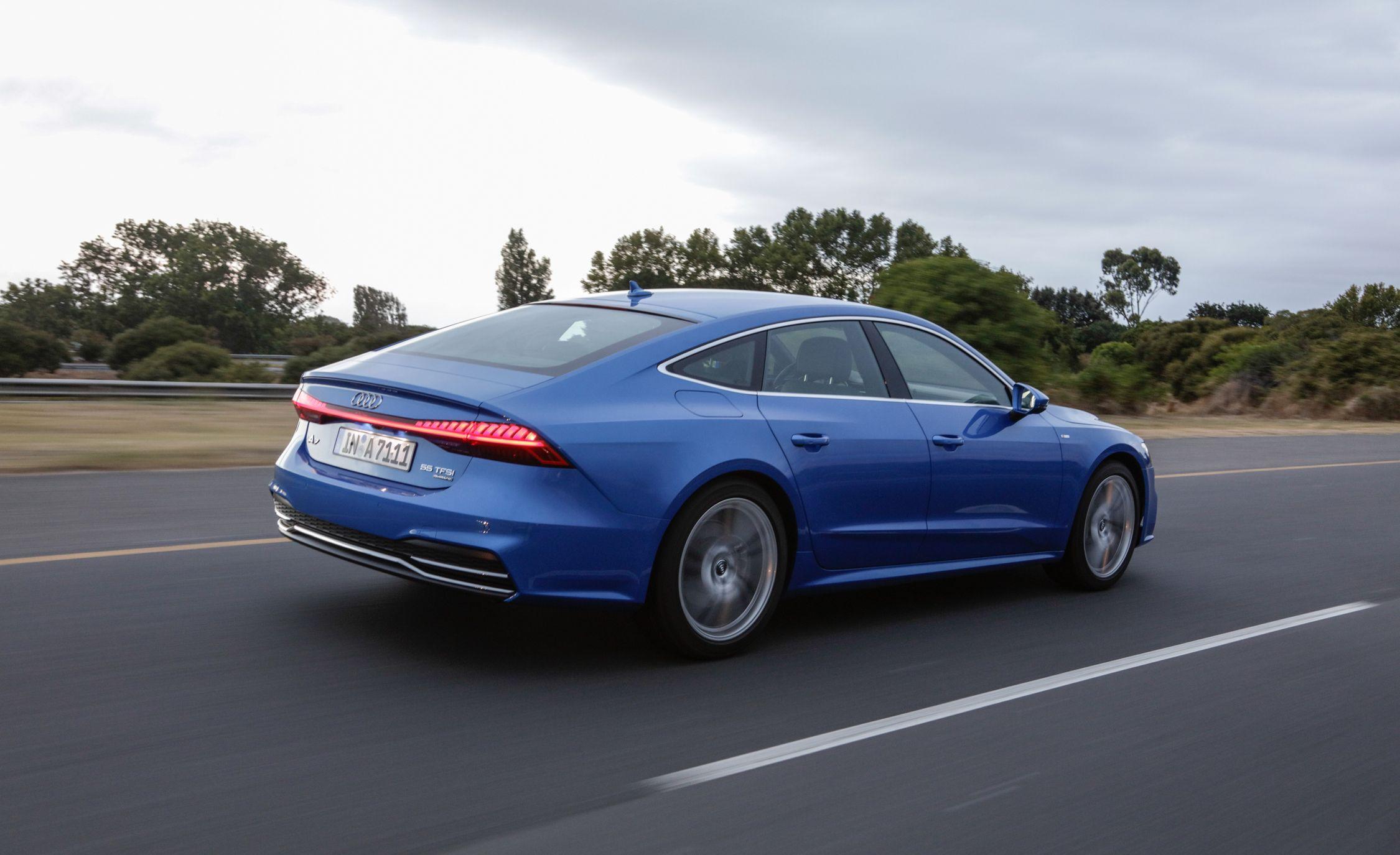 2019-Audi-A7-Sportback-113-1.jpg