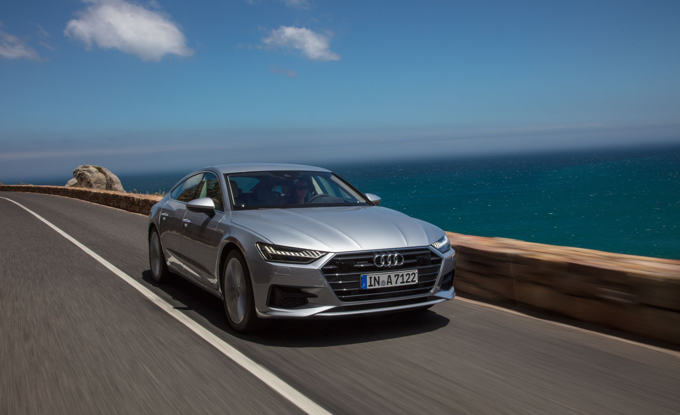 2019-Audi-A7-Sportback-131-1.jpg
