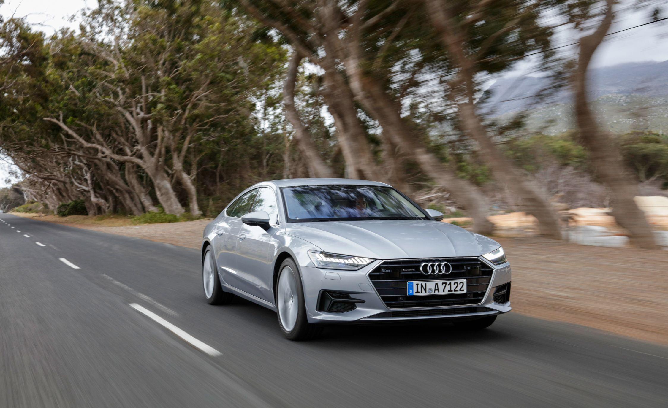 2019-Audi-A7-Sportback-132-1.jpg