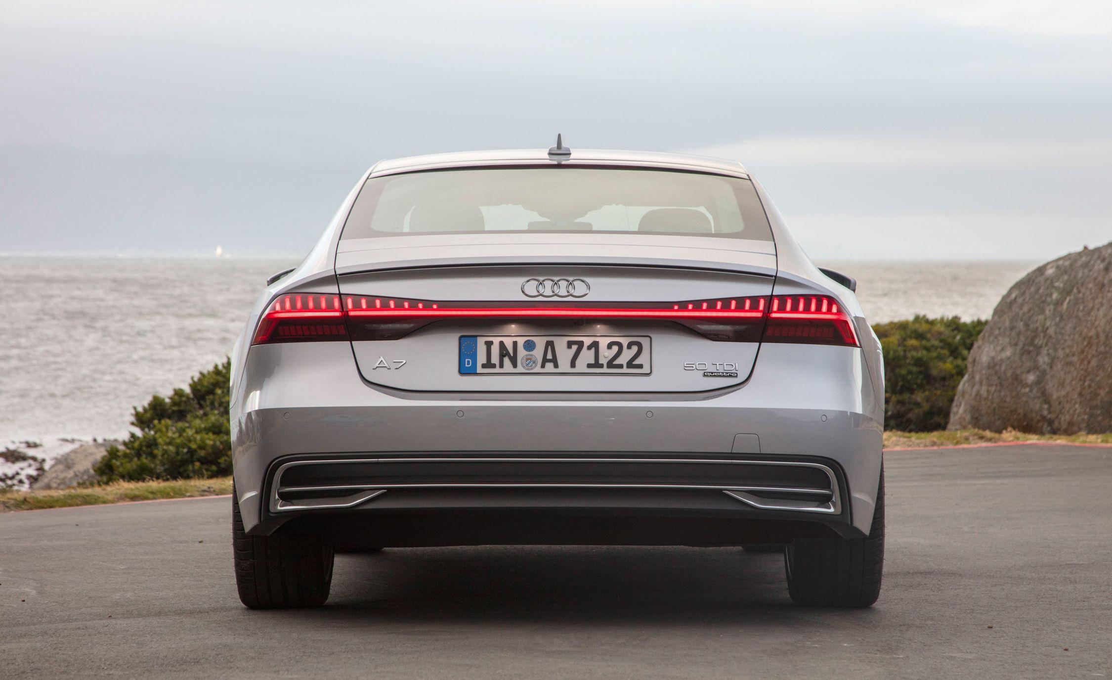 2019-Audi-A7-Sportback-147-1.jpg
