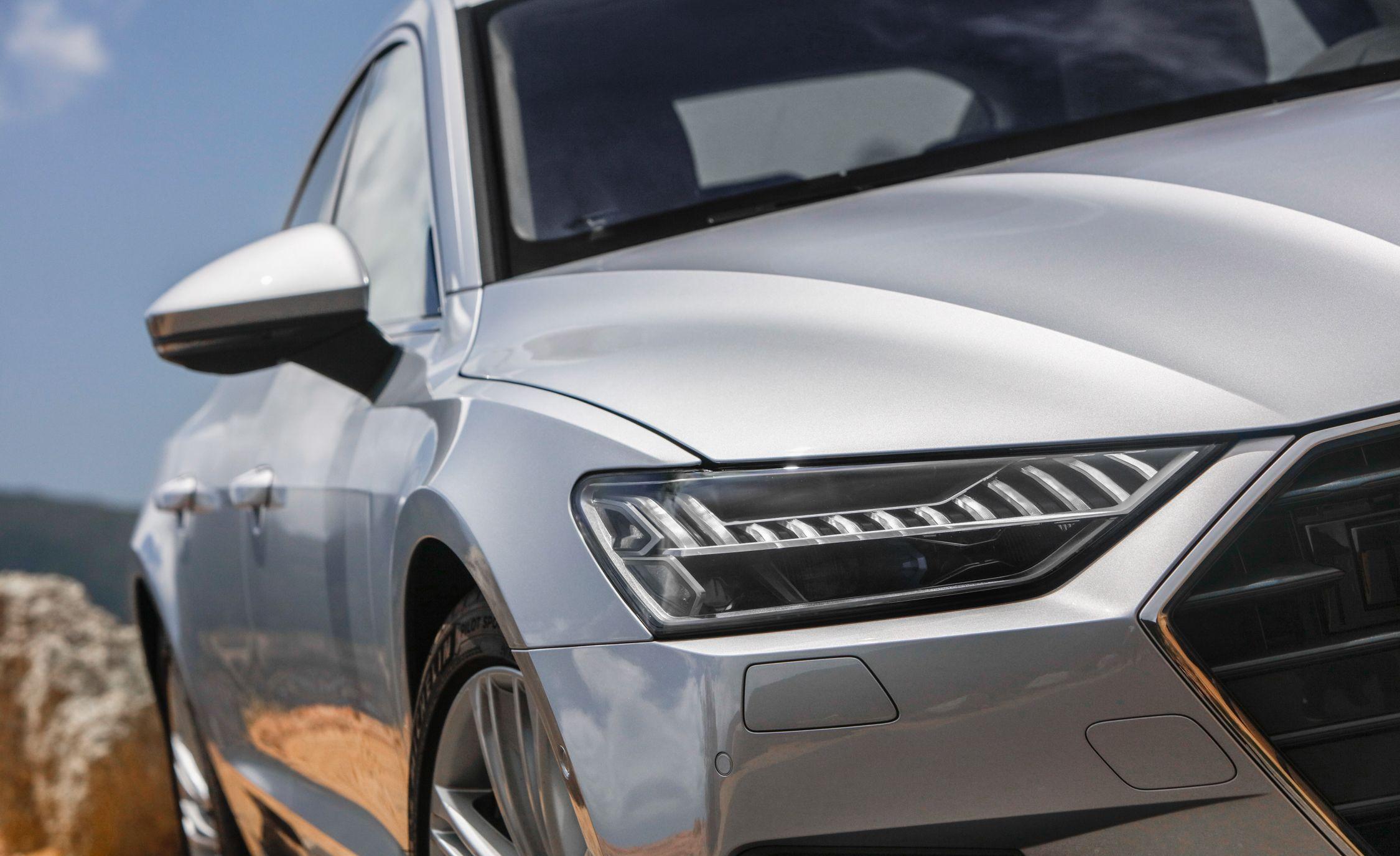 2019-Audi-A7-Sportback-154-1.jpg