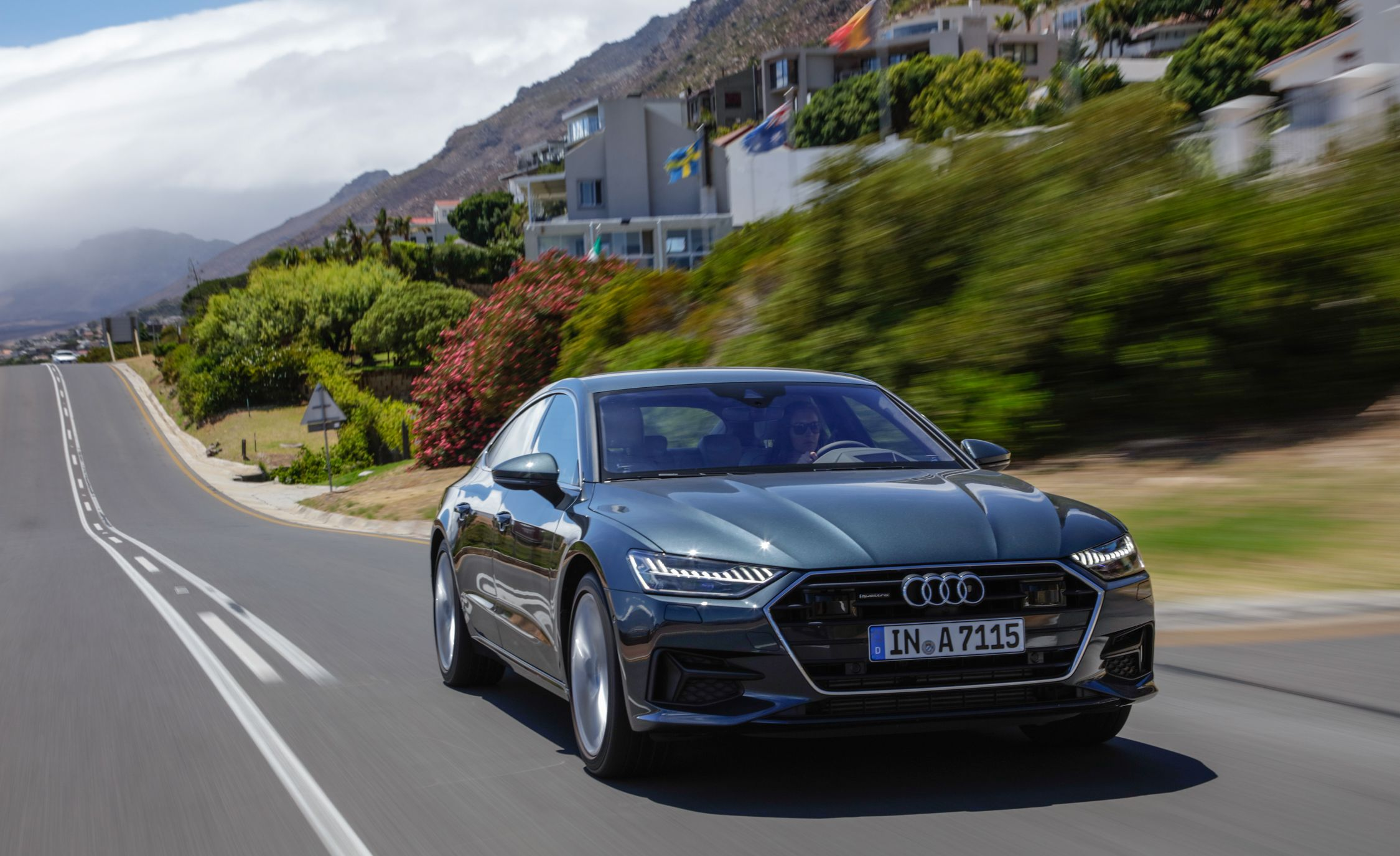 2019-Audi-A7-Sportback-162-1.jpg