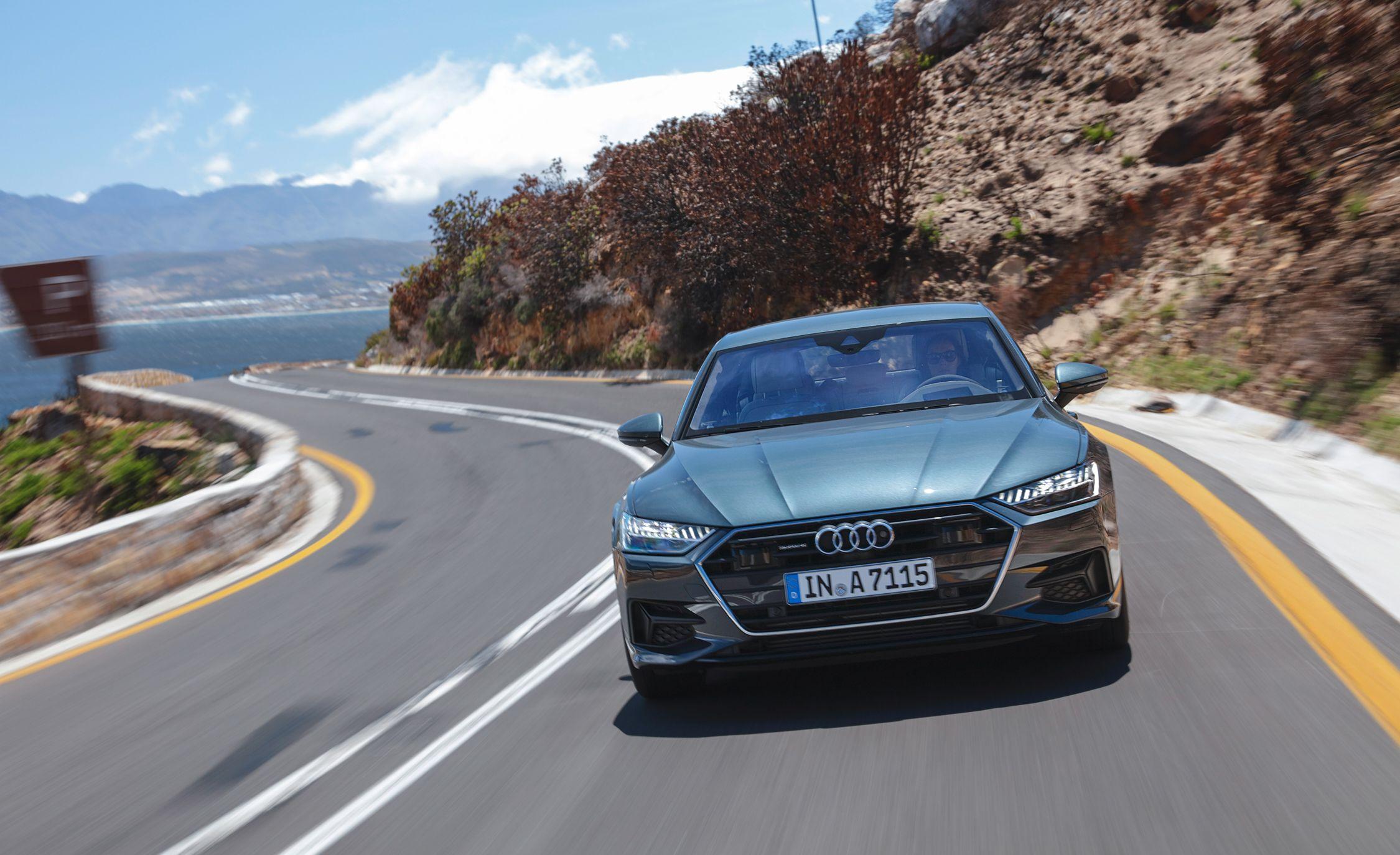 2019-Audi-A7-Sportback-163-1.jpg