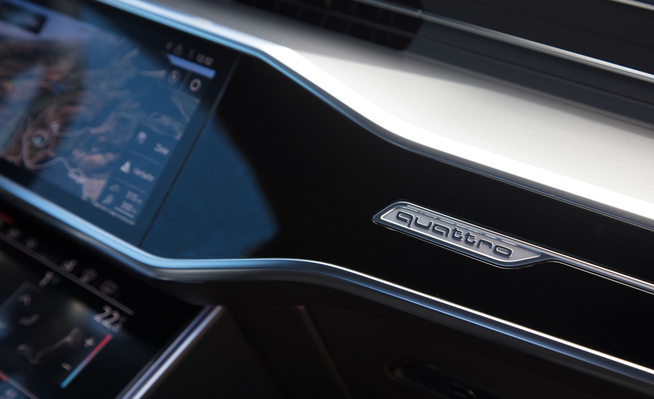 2019-Audi-A7-Sportback-220.jpg