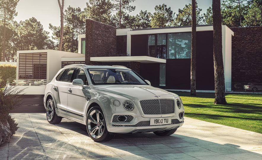 2019 Bentley Bentayga Hybrid - Slide 20