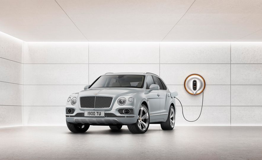 2019 Bentley Bentayga Hybrid - Slide 23