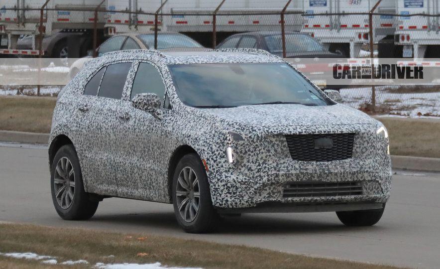 2019 Cadillac XT4 (spy photo) - Slide 1