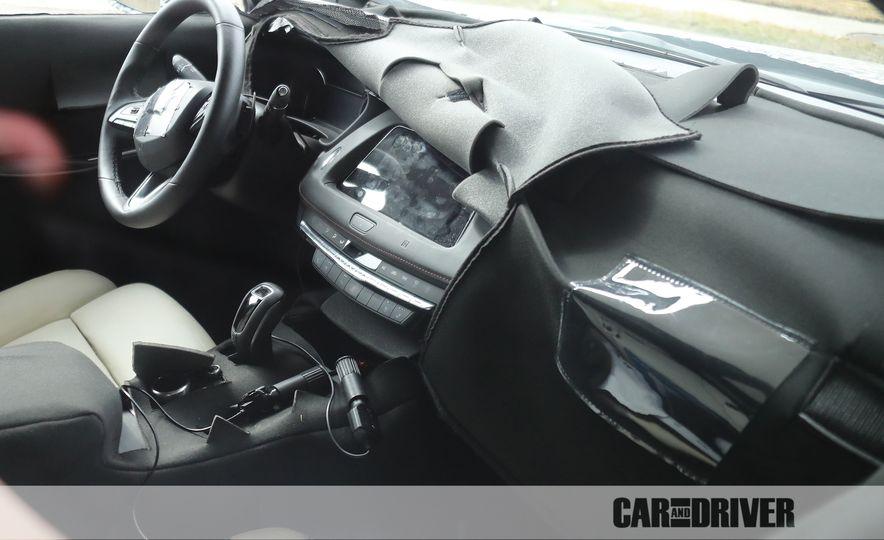 2019 Cadillac XT4 (spy photo) - Slide 16