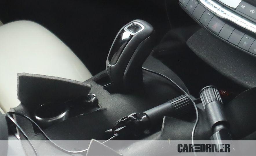 2019 Cadillac XT4 (spy photo) - Slide 19