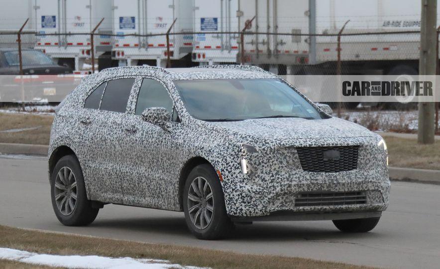 2019 Cadillac XT4 (spy photo) - Slide 2