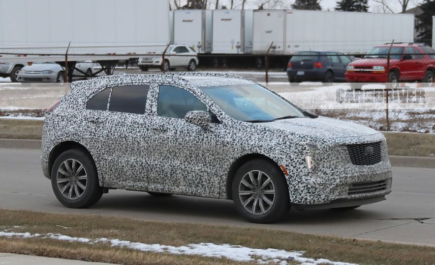 2019 Cadillac XT4 (spy photo) - Slide 5