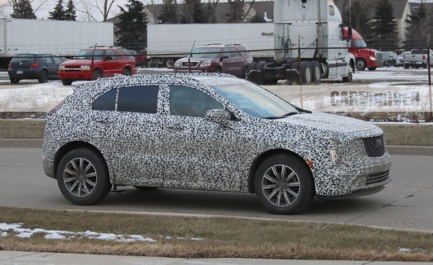 2019 Cadillac XT4 (spy photo) - Slide 6
