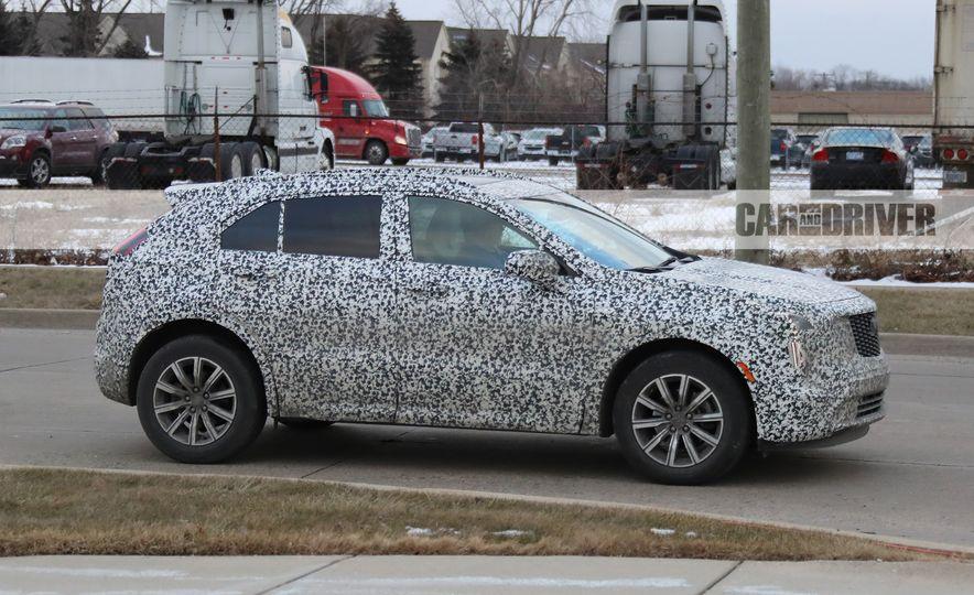 2019 Cadillac XT4 (spy photo) - Slide 7