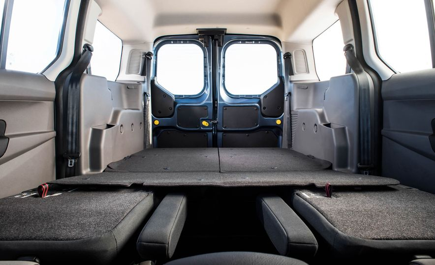 2019 Ford Transit Connect - Slide 21
