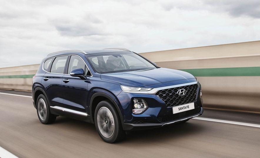 2019 Hyundai Santa Fe (Korea-spec) - Slide 4