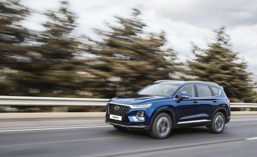 2019 Hyundai Santa Fe (Korea-spec) - Slide 1