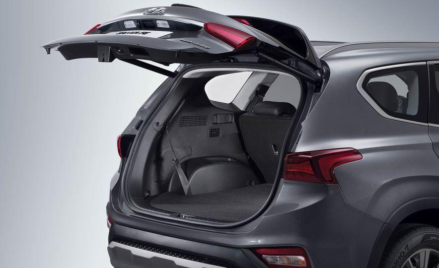 2019 Hyundai Santa Fe (Korea-spec) - Slide 25