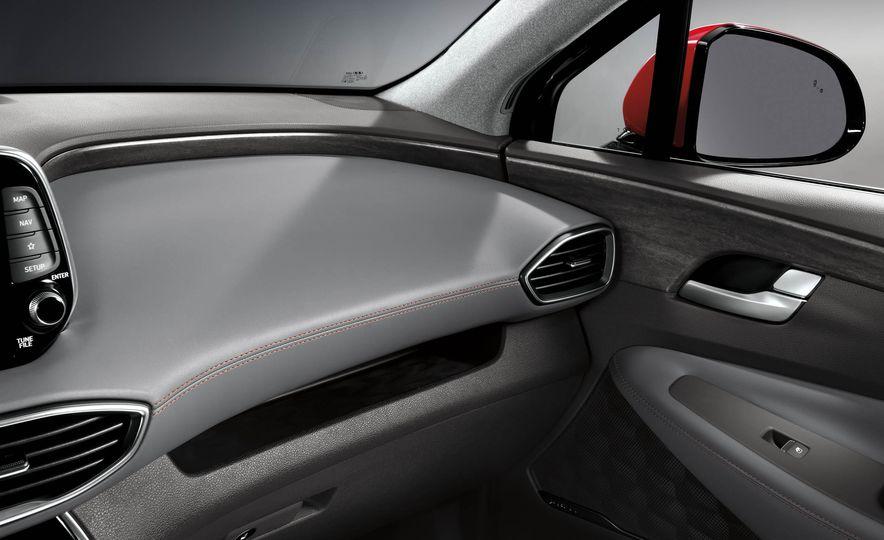 2019 Hyundai Santa Fe (Korea-spec) - Slide 48