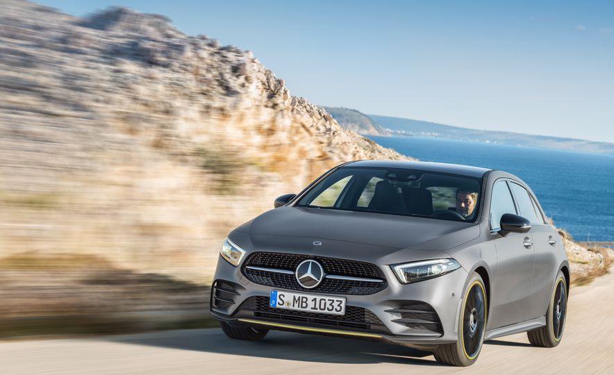 2019 Mercedes-Benz A-class - Slide 2