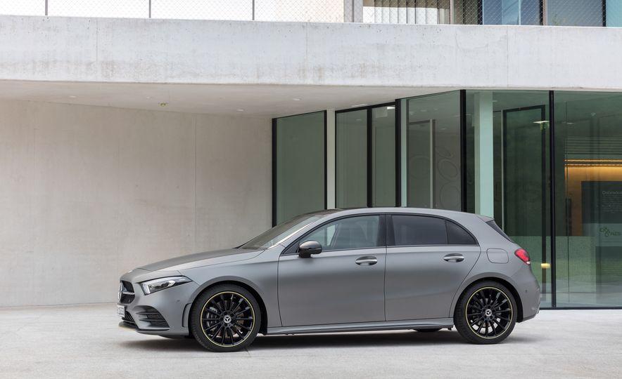 2019 Mercedes-Benz A-class - Slide 19