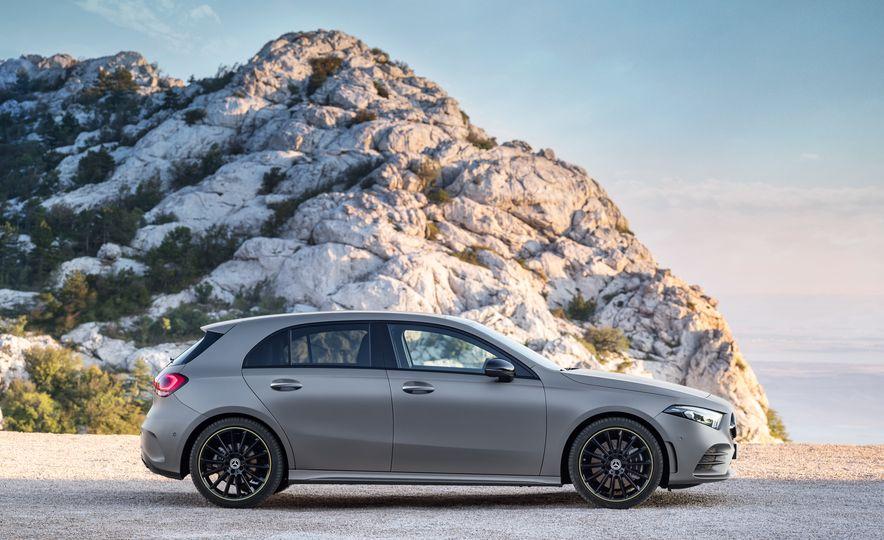 2019 Mercedes-Benz A-class - Slide 16