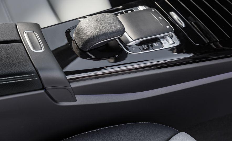 2019 Mercedes-Benz A-class - Slide 26