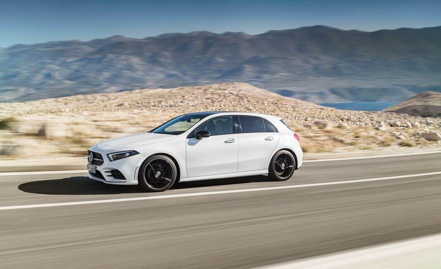 2019 Mercedes-Benz A-class - Slide 34