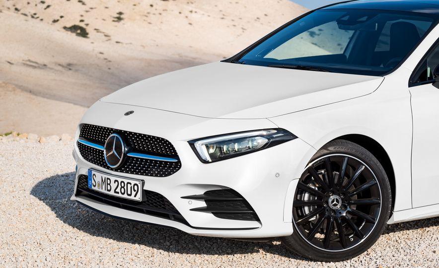 2019 Mercedes-Benz A-class - Slide 43