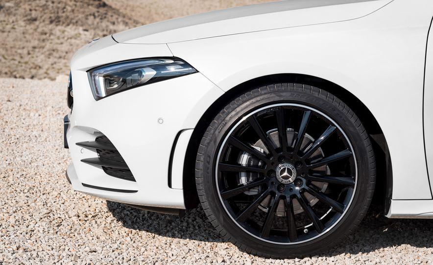 2019 Mercedes-Benz A-class - Slide 44