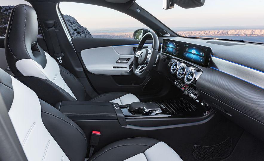 2019 Mercedes-Benz A-class - Slide 45